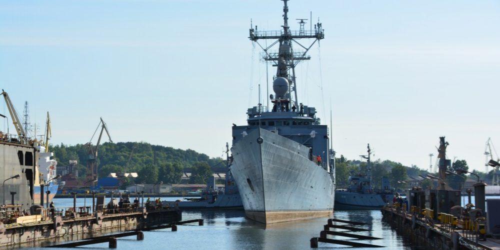 Fregata rakietowa ORP Gen. K. Pułaski – prace obróbczo-serwisowe na Stoczni Remontowej Nauta